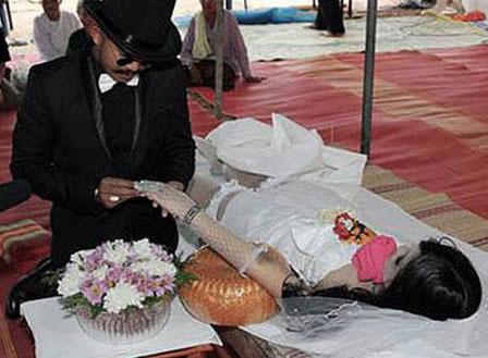 Lễ cưới xôn xao cả huyện Đại Lộc diễn ra cách đây đã 3 năm, nhưng cho đến nay vẫn là đề tài nóng ở địa phương. (Ảnh minh họa).
