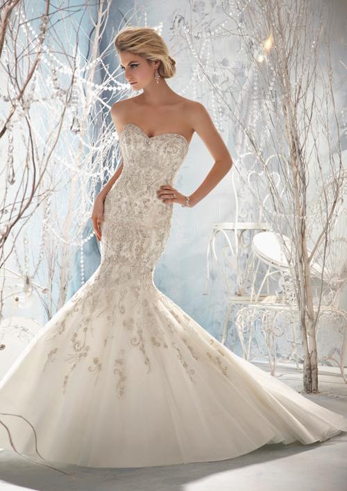 10-wedding-dress2-1377547000.jpg