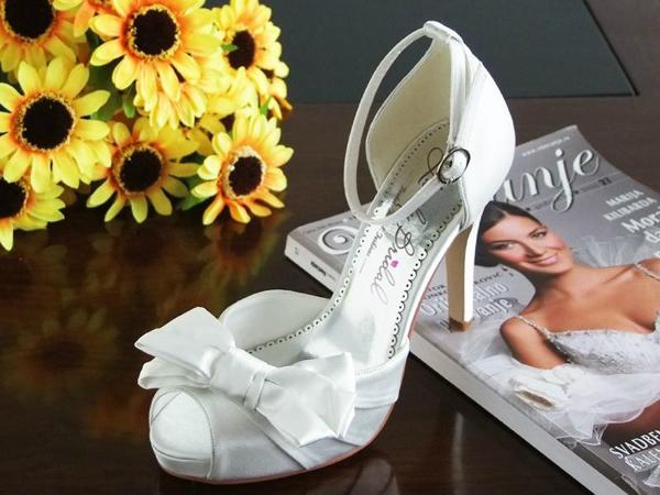 7 điều cô dâu hay quên khi chọn giày cưới