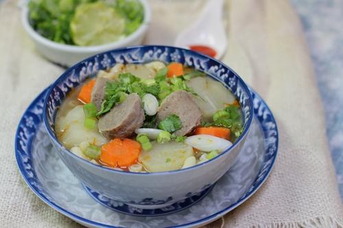 Cách làm món súp bò viên ngọt thơm ngon