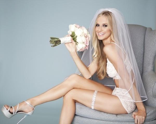 Nội y ngày cưới gợi cảm cho cô dâu