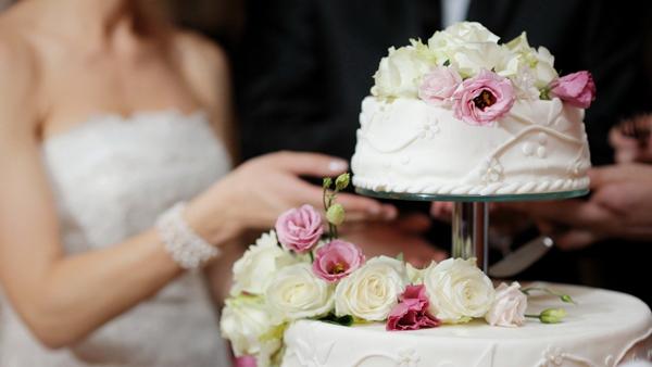 Wedding-Cake-1378434167.jpg