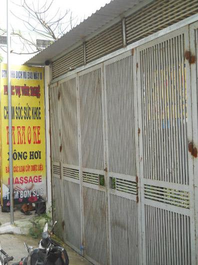 Quán karaoke đóng cửa im ỉm sau ngày xảy ra vụ việc.