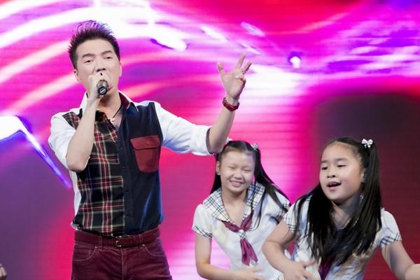 Sự xuất hiện của Đàm Vĩnh Hưng khiến khán giả reo hò không ngừng. Tuy chương trình miễn phí nhưng Đàm Vĩnh Hưng vẫn đầu tư cho các tiếc mục của mình khi dẫn cả vũ đoàn ABC Kids theo diễn cùng.