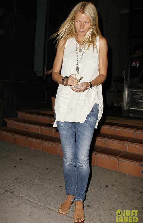 gwyneth-paltrow-tavern-dinner-9264-1869-