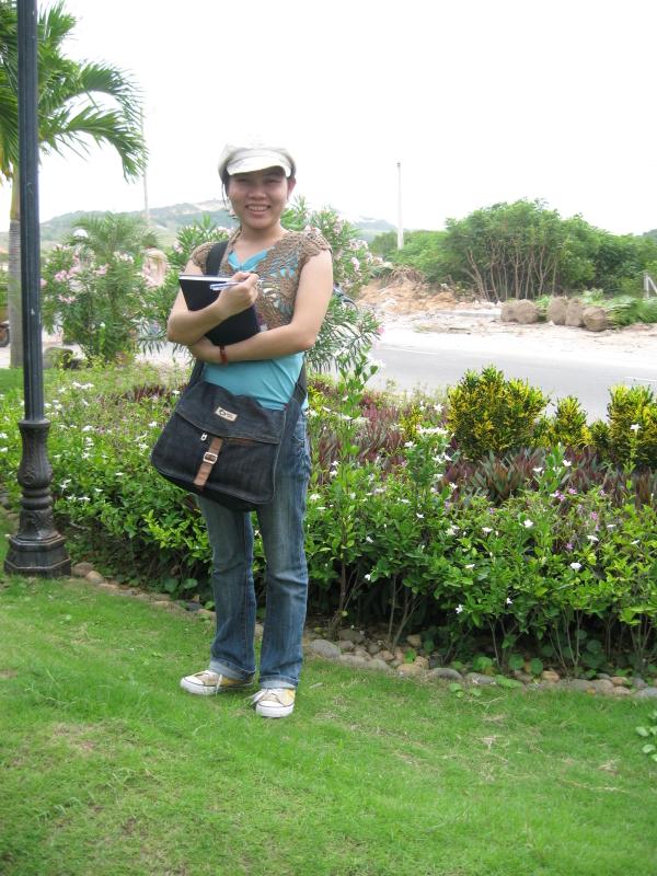 Bình Thuận ngày 17/10/2007, hình ảnh của Bảo Khuyên trong chuyến công tác đầu tiên trong đời