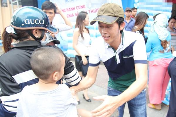 Sắp tới, Hoài Linh sẽ mở rộng quy mô hơn cho các hoạt động từ thiện của mình để giúp đỡ các hoàn cảnh khó khăn trong cả nước.