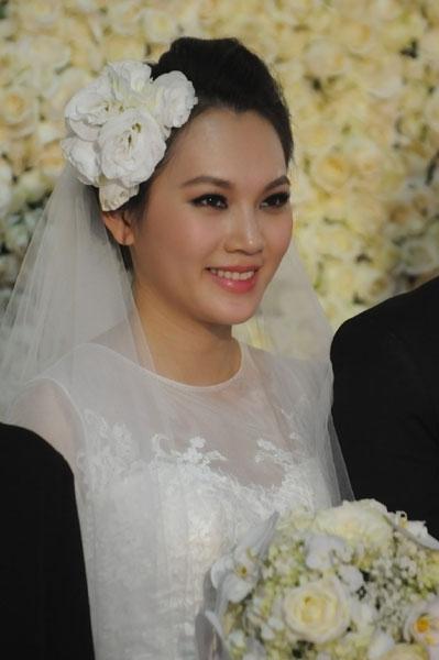 Sự kiện - Ngọc Thạch thay hai váy trong lễ cưới  (Hình 18).