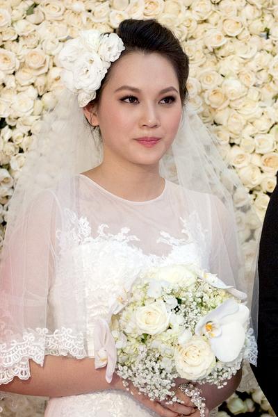 Sự kiện - Ngọc Thạch thay hai váy trong lễ cưới  (Hình 16).