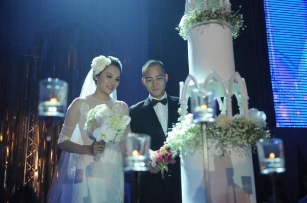 Sự kiện - Ngọc Thạch thay hai váy trong lễ cưới  (Hình 5).