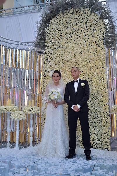 Sự kiện - Ngọc Thạch thay hai váy trong lễ cưới  (Hình 10).