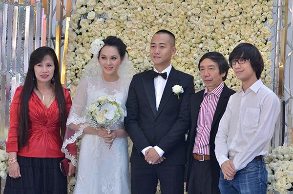 Sự kiện - Ngọc Thạch thay hai váy trong lễ cưới  (Hình 14).