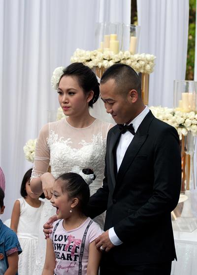 Sự kiện - Ngọc Thạch thay hai váy trong lễ cưới  (Hình 19).