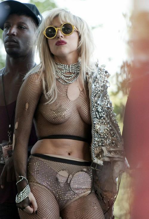 Gaga-lalapalooza-1-8800-1380512456.jpg
