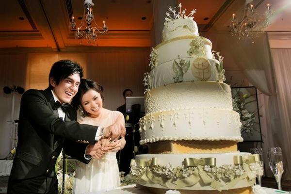 Sự kiện - 7 đám cưới tiền tỷ hoành tráng của sao Việt   (Hình 4).