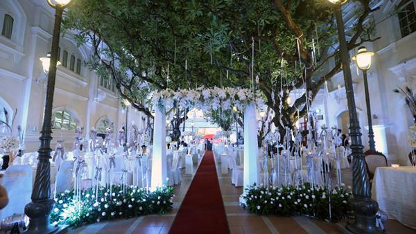 Sự kiện - 7 đám cưới tiền tỷ hoành tráng của sao Việt   (Hình 7).