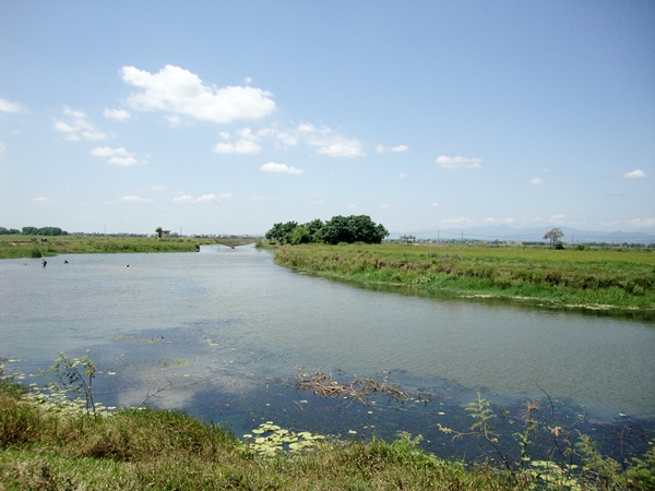 Tuổi thơ của Đại tướng Võ Nguyên Giáp gắn liền với dòng sông Kiến Giang quanh năm hiền hòa, thơ mộng.