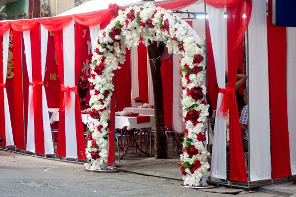 Chọn nhà bạt màu sắc cho đám cưới - Ngôi sao