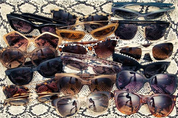 5-Miranda-Kerr-sunglasses-2.jpg