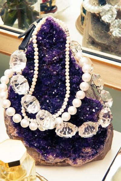 9-Miranda-Kerr-necklaces.jpg