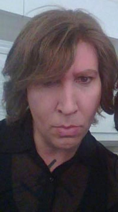 Marilyn-Manson-2355219-4990-1381373526.j
