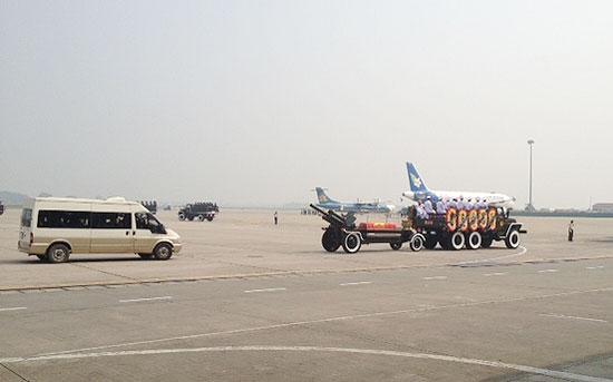 linh-cuu-san-bay-s-6784-1381634776.jpg