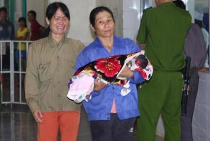 Một trong 3 cháu bé xấu số sau khi tiêm vắcxin viêm gan B ngày 20.7 tại BV Đa khoa Hướng Hóa (Quảng Trị).