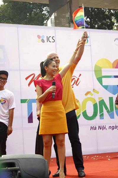 3-vo-chong-Thu-Minh-9782-1382927805.jpg