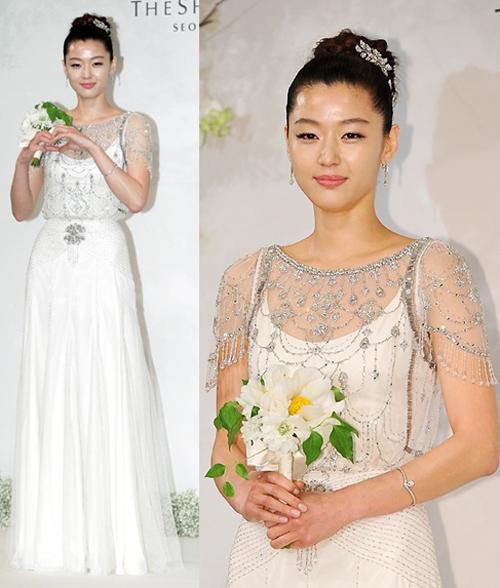 jun-ji-hyun-wedding-dress-1365-138293360
