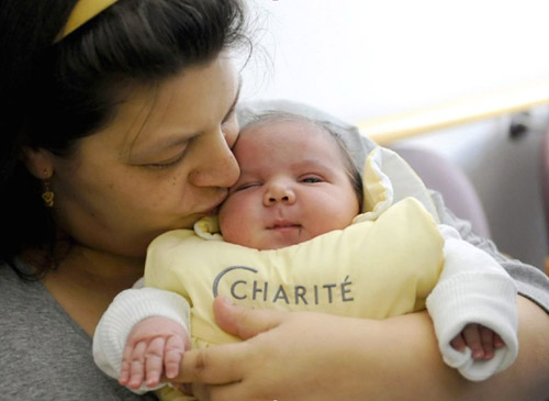 Jihad Yaghi, 13 Pounds Elfi Yaghi, 40, gave birth to her 14th child in November 2011. Baby Jihad broke the record as heaviest baby born in Germany. Mom made headlines because of her baby's controversial name -- it roughly translates to