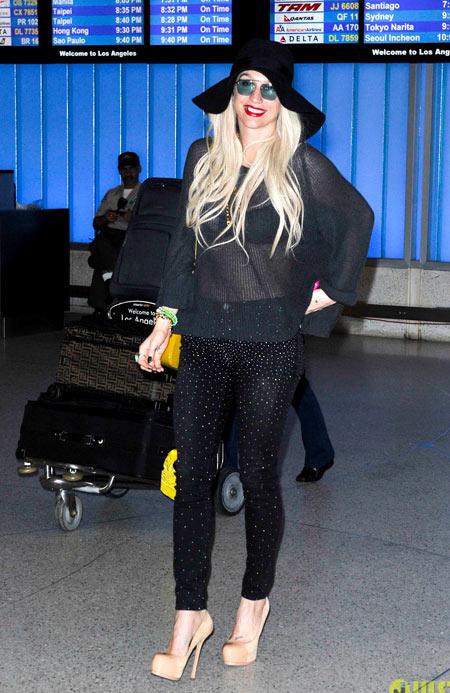 8-Kesha.jpg