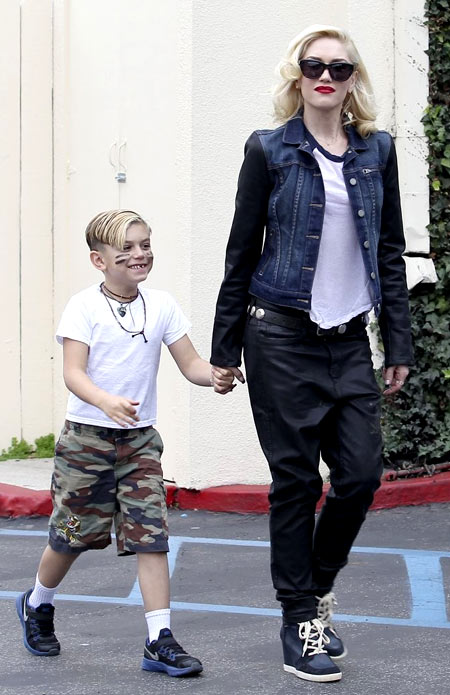11-Gwen-Stefani-and-Kingston-1-5806-1383