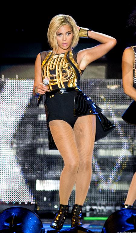 Beyonce-1-8050-1383886938.jpg