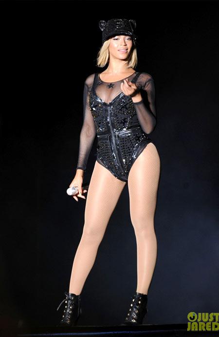 Beyonce-3-5720-1383886938.jpg
