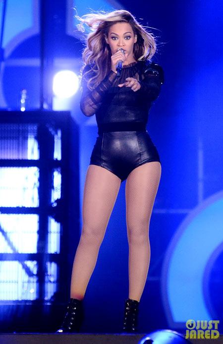 Beyonce-5-3145-1383886938.jpg