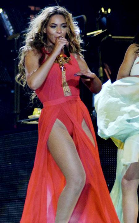 Beyonce-7-2693-1383886938.jpg