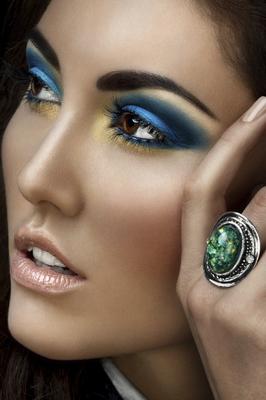 embedded-intense-eye-makeup-an-8457-2875