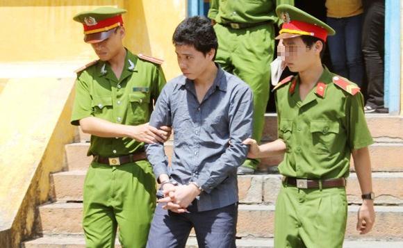 Khương lĩnh mức án sau hai lần xét xử là 18 năm tù giam.