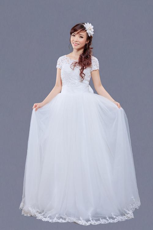 Tư vấn chọn váy cưới gợi cảm, kín đáo