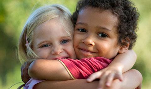 hug4-2055-1384504331.jpg
