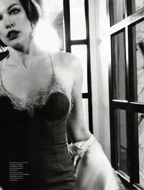 Milla-Jovovich4-3404-1385184402.jpg