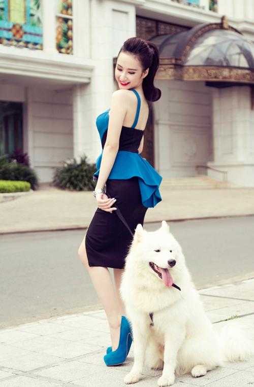 angela-phuong-trinh-10-1403-1385446190.j
