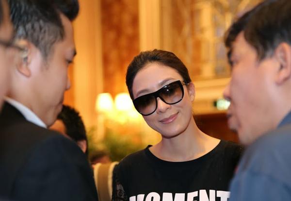 Khoảng hơn 15h chiều 3/12, Dương Di đã kịp có đến TP HCM