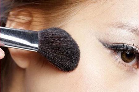 make-up-2-4949-1386755215.jpg