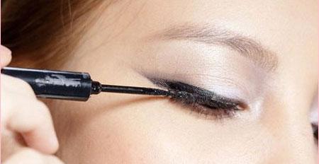 make-up-3-7328-1386755215.jpg
