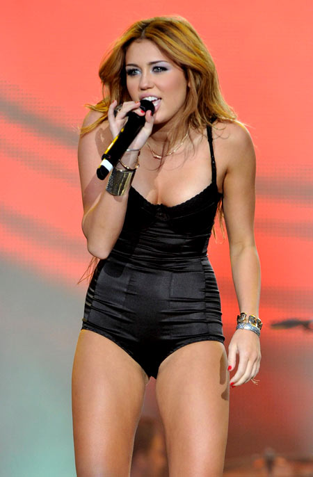3-Miley-Cyrus-June-6-2010-7395-138699144