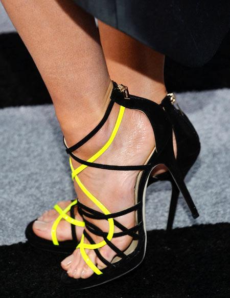 4-Kate-Beckinsale-shoes-2865-1387263751.