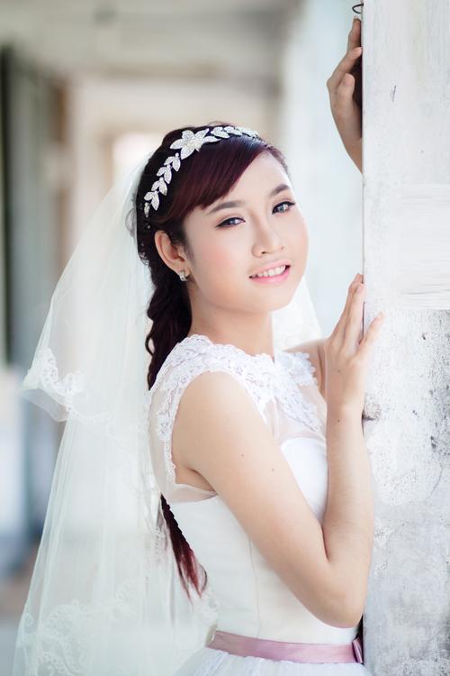 Make up cô dâu tự nhiên, trong sáng