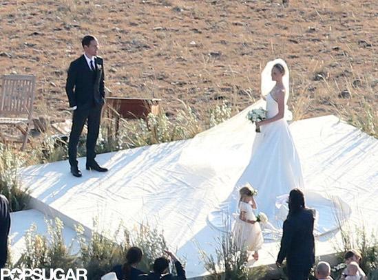 Váy cưới hàng hiệu lộng lẫy của sao thế giới