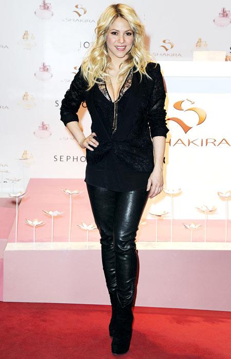 10-Shakira-9566-1387428593.jpg